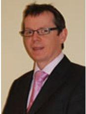 Dr Alastair Platt - Surgeon at Hull Plastic Surgeons