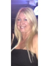 Miss Lynn Dwyer - Practice Manager at Revitalize Cosmetic Clinics