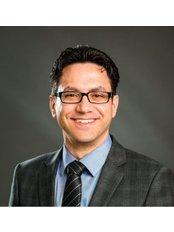 Mr Omar Tillo - Surgeon at Centre for Surgery