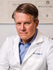 Dr Cap Lesesne -  at Dr. Cap Lesesne - London