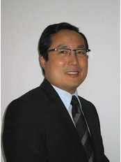 London Plastic Surgery Clinic - London Bridge Hospital - Dr Mark Ho-Asjoe