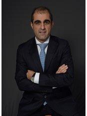 Mr Navid Jallali - Principal Surgeon at Navid Jallali