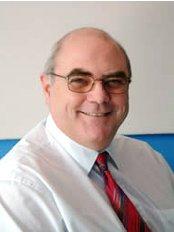 Paul Steventon - Dermatologist at Epsom Skin Clinic - Rush