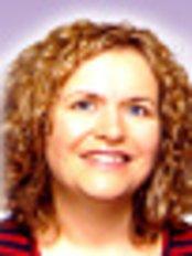 Dr Roisin McHugh - Aesthetic Medicine Physician at Epsom Skin Clinic - Rush