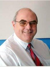 Epsom Skin Clinic - Surbiton - Paul Steventon