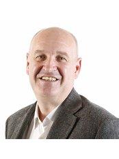 Dr Mark Butterworth - Surgeon at Refine Plastic Surgeons