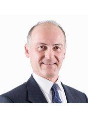 Dr Hilal Bahia - Surgeon at Refine Plastic Surgeons