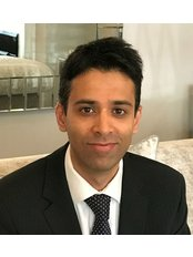 Mr Khurram Khan - Surgeon at Staiano Plastic Surgery