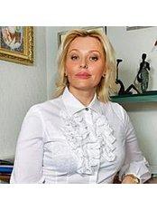 Dr Oksana Denischuk - Doctor at AHA Kocmo