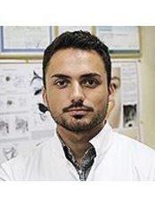 Dr Edgar A. Kaminsky - Surgeon at Clinic Harmony
