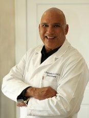 Dr. Fred Aguilar, Aesthetic Plastic Surgery - Bellaire - 411 First Street, Bellaire, Texas, 77401,  0