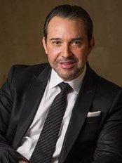 CosmeticGyn Center - Otto Huertas MD - Dr. Huertas