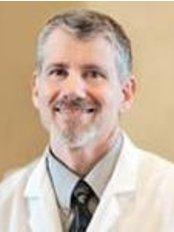 Dr Mennen T. Gallas - Principal Surgeon at Gallas Plastic Surgery and Vein Cente