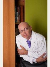 Dr. Billy Spence - Piso 2, Local 202, Prados Del Este, Municipio Baruta, Caracas,