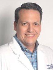 Dr. Jose Luis Martinez Ardila-Maracaibo - Piso 2 Consultorio 2-2 Avenida Fuerzas Armadas, Maracaibo,  0