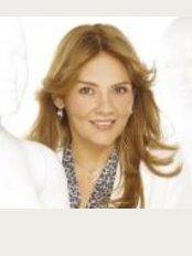 Dra. Nayade Acosta - Av. 8 entre calle 75 y 76 Sector: Santa Rita. Centro Medico de Occidente., Maracaibo,