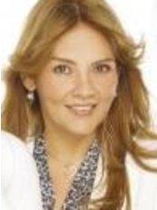 Dra. Nayade Acosta - Av. 8 entre calle 75 y 76 Sector: Santa Rita. Centro Medico de Occidente., Maracaibo,  0