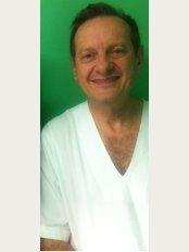Dr. Samuel Pelcman - Dr Samuel Pelcman