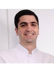 Dr David Yeganyan - Dentist at