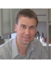 Dr Steven Cave - Orthodontist at Hunter Valley Orthodontics - Maitland