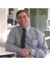 Dr Robert W. Chapman - Orthodontist at Hunter Valley Orthodontics - Newcastle