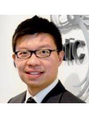 Dr Aaron Seet - Dentist at Endodontic Solutions