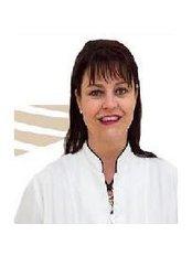 Dr Lisa O'Donnell - Dentist at Bright Star Dental Centre