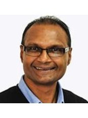 Dr Tissa Jayasekera - Orthodontist at Bee Happy Orthodontics Kerang