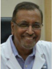 Dr. Motiur Rahman Molla - House-17, Block-B Road-8, Dhanmondi, Dhaka, 1209,