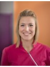 Dr Laurie Beaujean - Dentist at Paro Liege Clinique Dentaire Specialisee