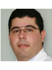 Dr Paulo Almeida Júnior - Dentist at Instituto Karina Leite - Rehabilitation Dentistry