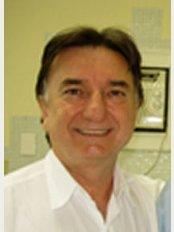 COS - Clinica Odontologica Soares - Av. Vereador Jose Diniz 3766, Campo Belo, Sao Paulo, SP, 04604007,