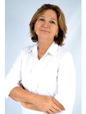 Dr MaryStellaP. Soares - Orthodontist at COS - Clinica Odontologica Soares