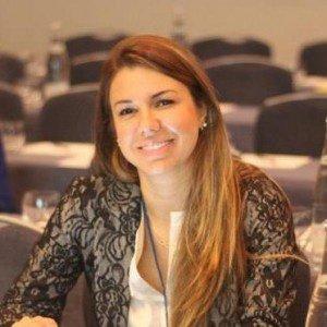 Dra. Kamila Godoy - Ortodontia - Santana