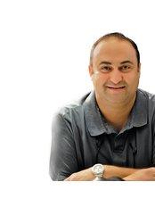 Dr Luis Kerio - Orthodontist at Dental Center Dr. Gais