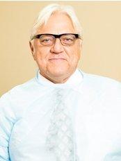 Smile Dental Services - Dr Bojidar Dimitrov