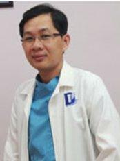 Dr Kong Kaing - Dentist at Sokchea Dental Clinic - Sihanouk Ville