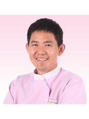 Dr Tith Hong Yoeu - Dentist at Roomchang Dental & Aesthetic Hospital - Rose Condo Branch