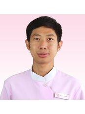 Dr Ho Viseth - Dentist at Roomchang Dental & Aesthetic Hospital