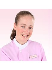 Dr Bethy Turton - Dentist at Roomchang Dental & Aesthetic Hospital