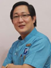 Dr Sok Chea - Dentist at Sokchea Dental Clinic - Phnom Penh