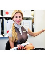 Dr Suzanne Cziraki -  at Bayside Dental & Orthodontics