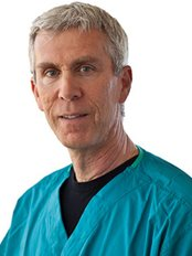 Pacific Coast Oral and Maxillofacial Surgery - Dr Martin Aidelbaum