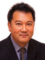 Vancouver Centre Dental Clinic - Dr Mark Suyama