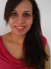 Dr Tina Deol - Dentist at SunnyView Dental