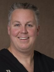 Fifth Avenue Family Dental Centre - Dr Robert Vangalen