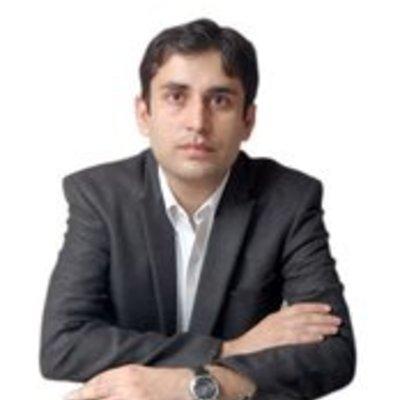 Dr Mohit Dhawan