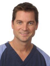 Patrice Dagenais -  at Clinique de Denturologie Michel Puertas