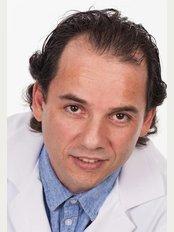 Clinique de Denturologie Michel Puertas - 1460 Rome Boulevard, Brossard, quebec, J4W 2T4,