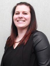 Stephanie -  at Centre Dentaire Des Cedres